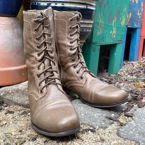 Steve Madden Troopa Leather Boot 👢